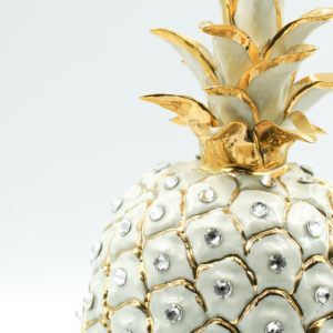 GIANT PINEAPPLE w/ RHINESTONE