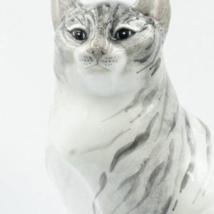 SITTING TABBY CAT R