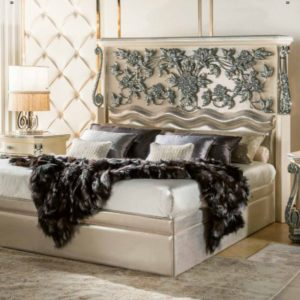 Cappelletti Tribute White and Silver Bedroom Set